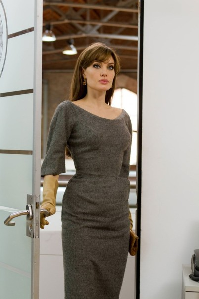 Angelina_Jolie_The_Tourist_Charles_James_Gray_Dress